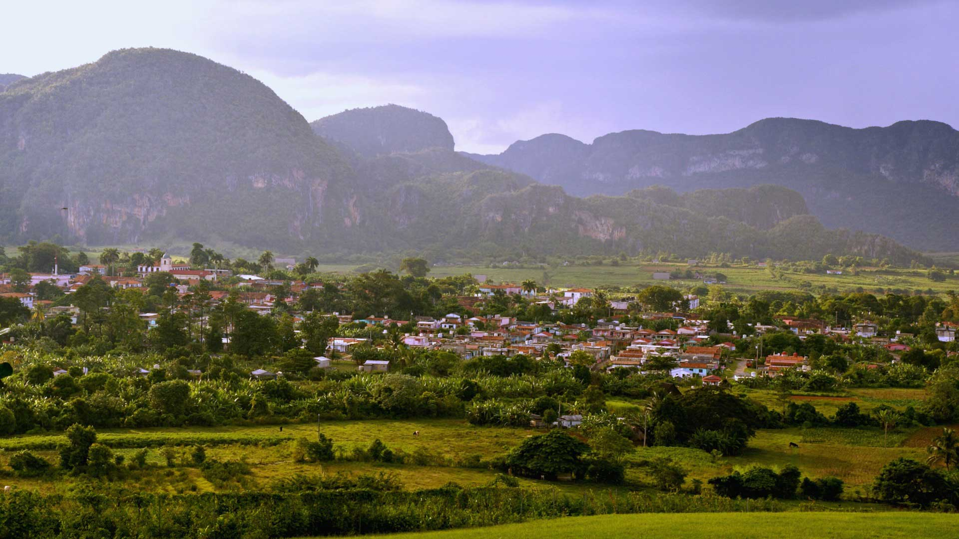 Valle de Vinales from above. Photo by Ovidiu Balaj