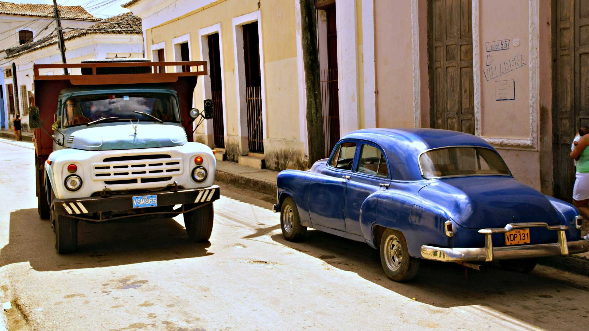 This kind of truck could be a taxi in Cuba. Photo by Ovidiu Balaj