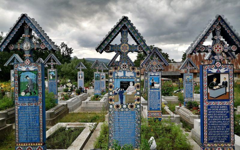 Crucile de lemn din Cimitirul Vesel, Săpânța.